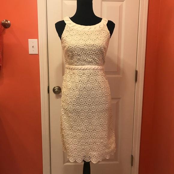 e86d14bab7 Boden Dresses   Skirts - Boden lace sleeveless dress